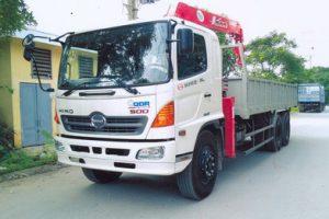 Xe tải gắn cẩu Unic 4 tấn