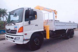 Xe tải Hino gắn cẩu Soosan 5 tấn