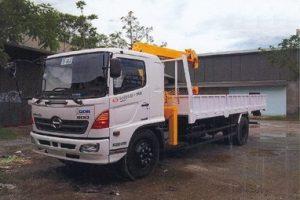 Xe tải gắn cẩu tự hành soosan