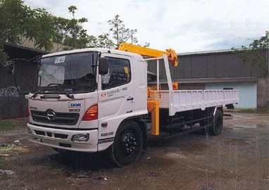 Xe Hino gắn cẩu Soosan 3 tấn 4 đốt SCS334