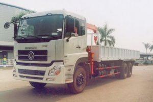 Xe tải gắn cẩu 3 tấn